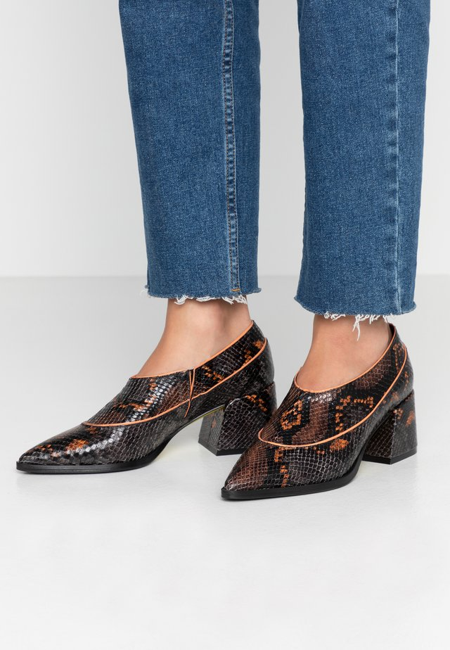 ALANA - Ankle boots - moro arancio