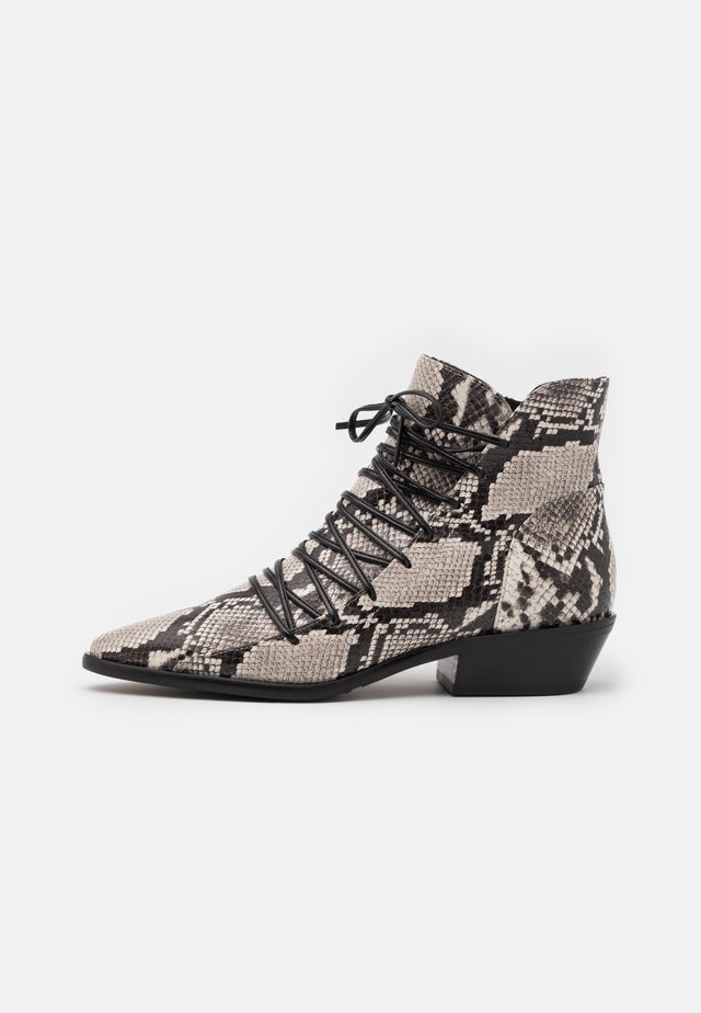 Lace-up ankle boots - moon rock