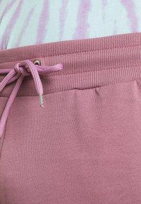 CLOSURE London - SCRIPT 2 PACK  - Spodnie treningowe - greymarl/rose - 5