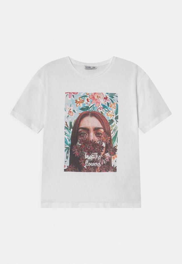 ENGLAND - T-shirt imprimé - white