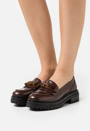 Loaferit/pistokkaat - dark brown