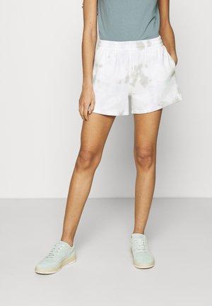 SUNDAY COOL WASH - Shorts - blue wash
