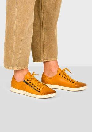 JESTER H F2G - Sneakers laag - ochre