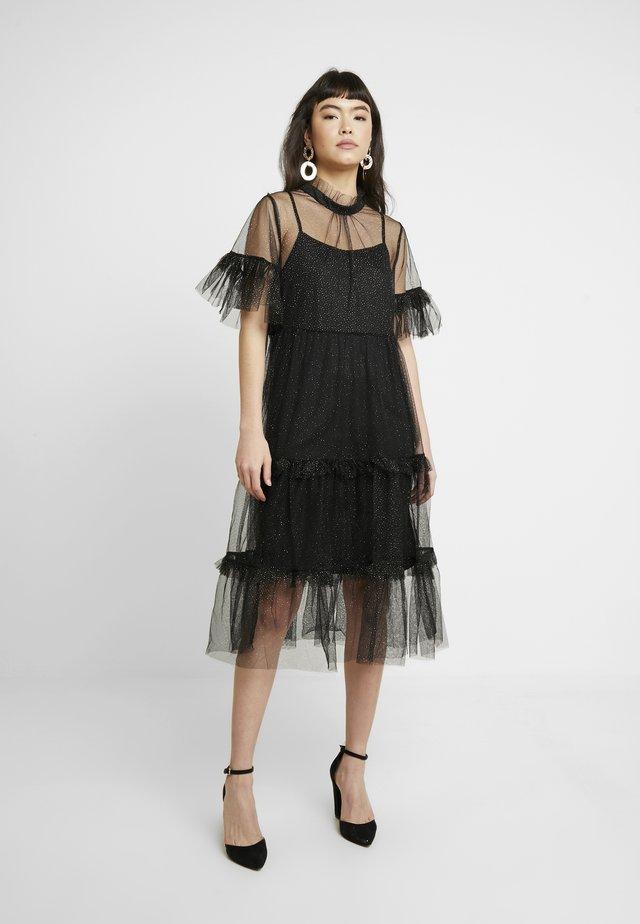 LIBERTY - Korte jurk - black