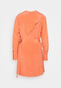 Victoria Victoria Beckham - PLEATED DRESS - Vestito elegante - lychee pink - 7
