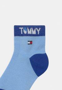 Tommy Hilfiger - WORDING 4 PACK UNISEX - Socks - blue - 2