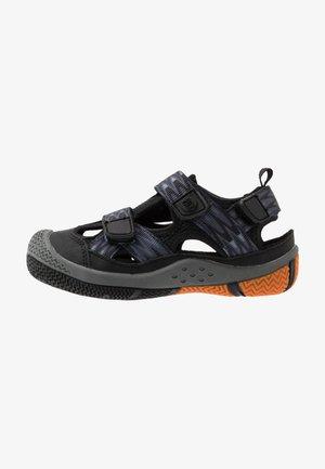SAVIOR UNISEX - Chodecké sandály - black