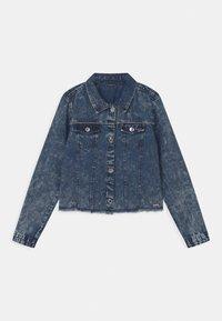 Guess - JUNIOR - Denim jacket - cloudy blue - 0