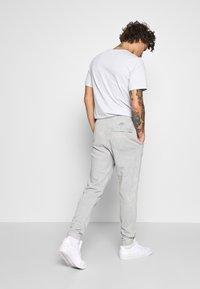Nike Sportswear - JDI PANT FT WASH - Tracksuit bottoms - smoke grey/sail - 2
