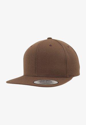 Cap - brown