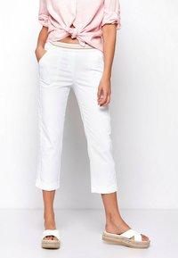 TONI - SUE - Trousers - white - 0