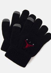 Jordan - AIR PATCH BEANIE SET UNISEX - Gloves - black - 2