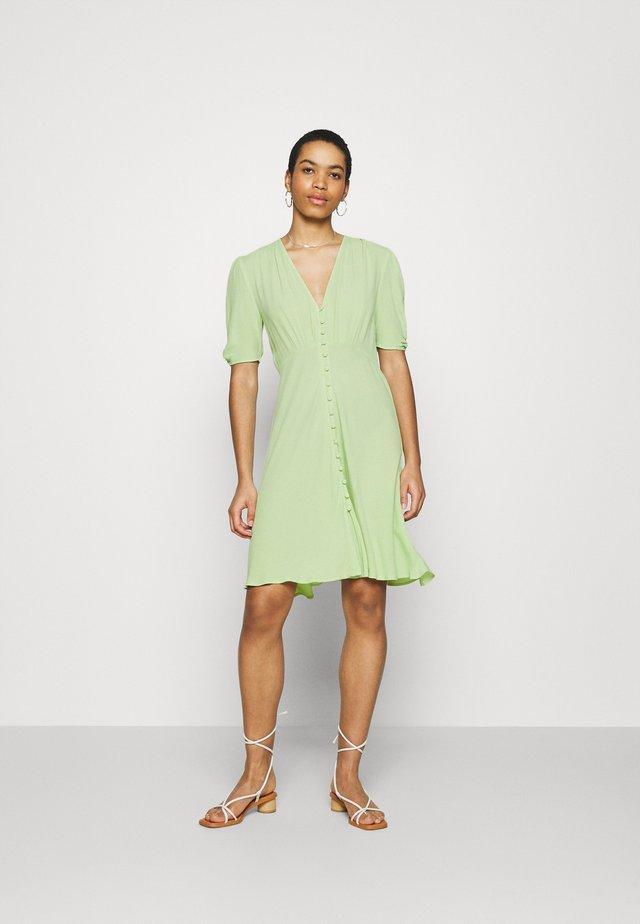SABRINA DRESS - Korte jurk - miint green