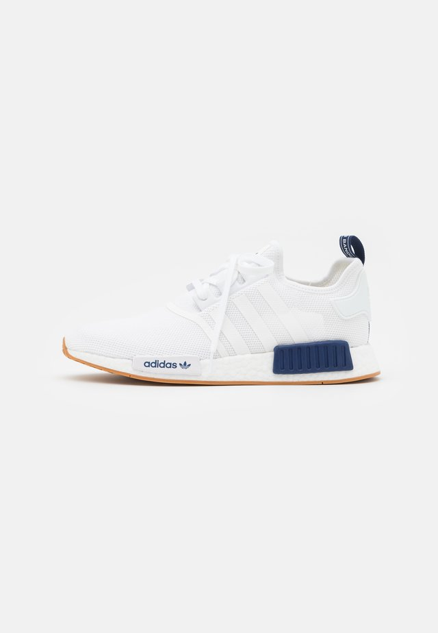 NMD_R1 UNISEX - Matalavartiset tennarit - footwear white/dark blue