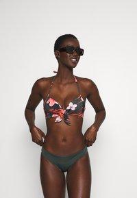 Women Secret - ALLOVER - Bikiniöverdel - green - 1