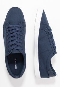 Pier One - Sneakers laag - dark blue