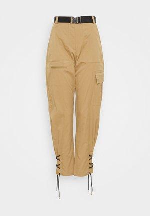 TRINA PANTS - Kalhoty - beige