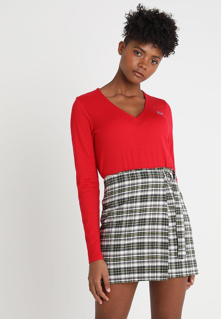 Lacoste - V-NECK - Långärmad tröja - imperial red