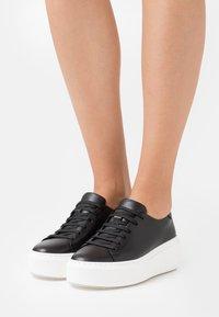 Tamaris - Sneakers - black - 0