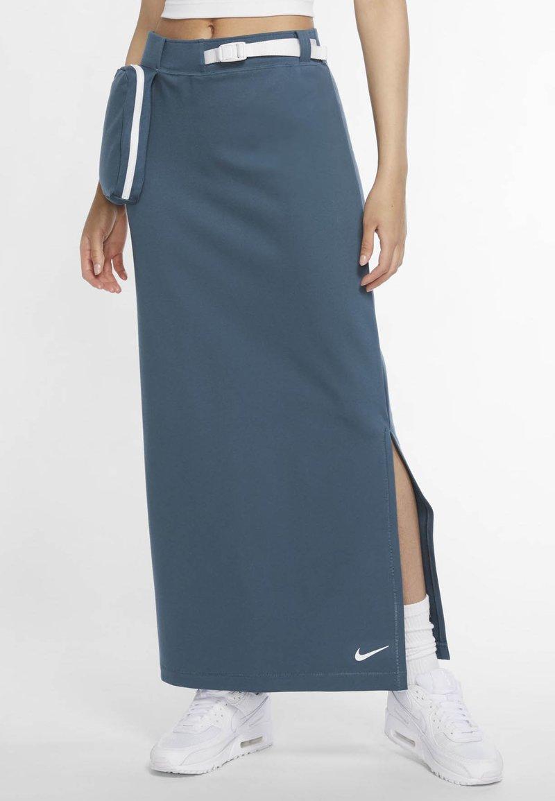 Nike Sportswear - Blyantskjørt - ash green