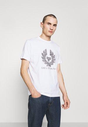 COTELAND - Print T-shirt - white