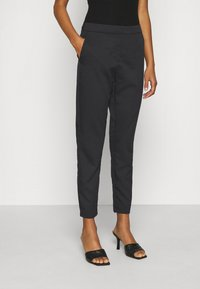 Vero Moda - VMCHIC ANKLE PANTS - Trousers - black - 0