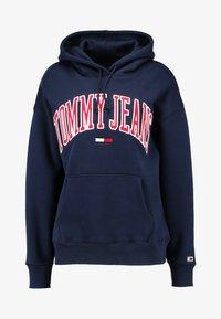 Tommy Jeans - CLASSICS LOGO HOODIE - Mikina skapucí - navy - 4