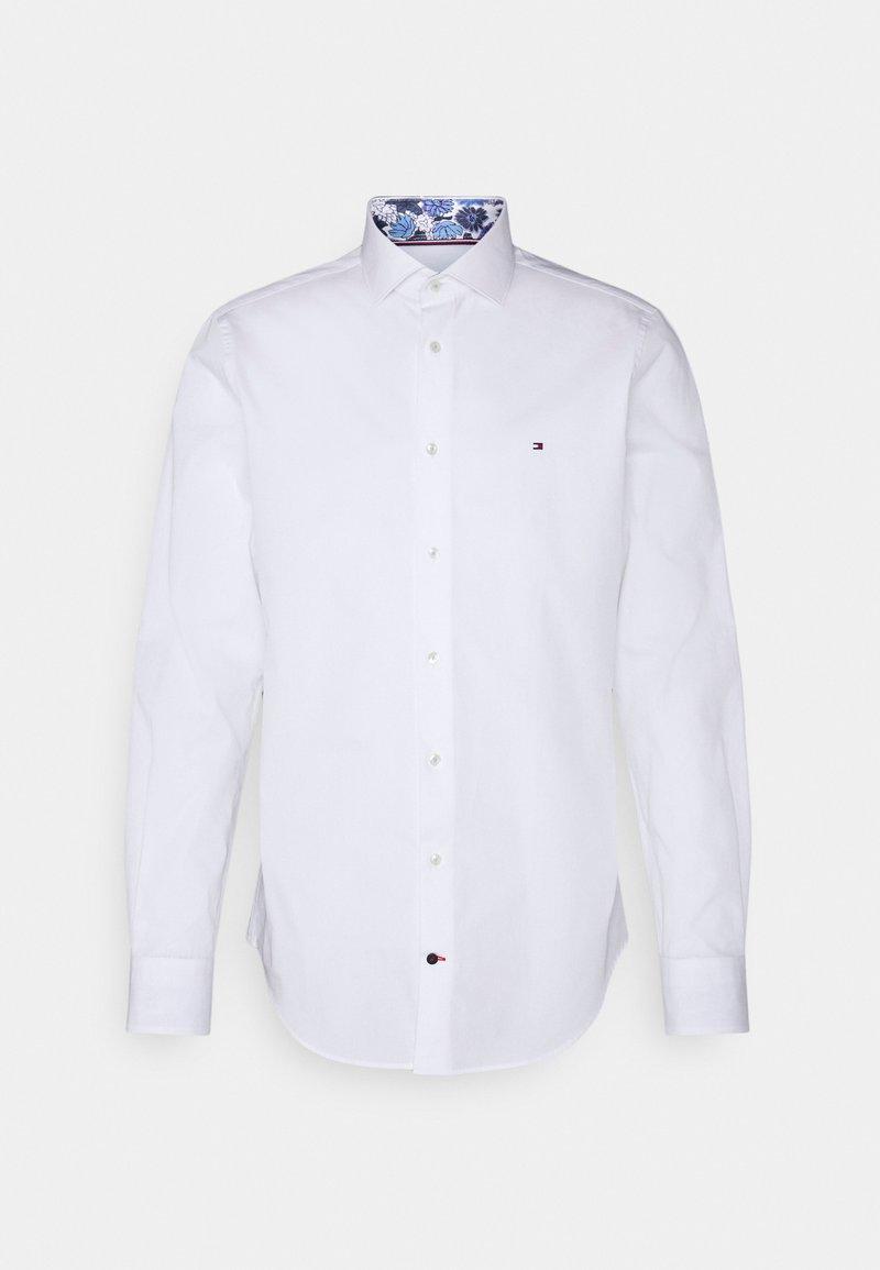 Tommy Hilfiger Tailored - SOLID SLIM SHIRT - Formal shirt - custom color white