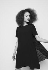 KARL LAGERFELD - DRESS PLEATED BACK - Cocktail dress / Party dress - black - 3