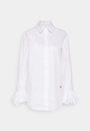 FLOUNCE CUFF ORGANIC SHIRT - Button-down blouse - white