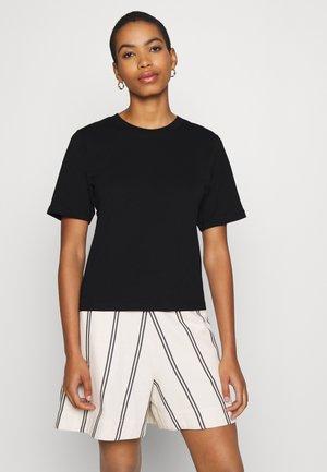 TEE ERICA - Basic T-shirt - black
