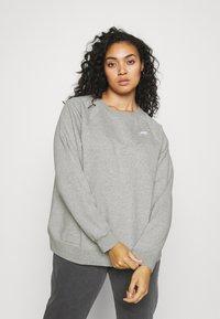 Nike Sportswear - CREW - Sweatshirt - dark grey heather/matte silver - 0