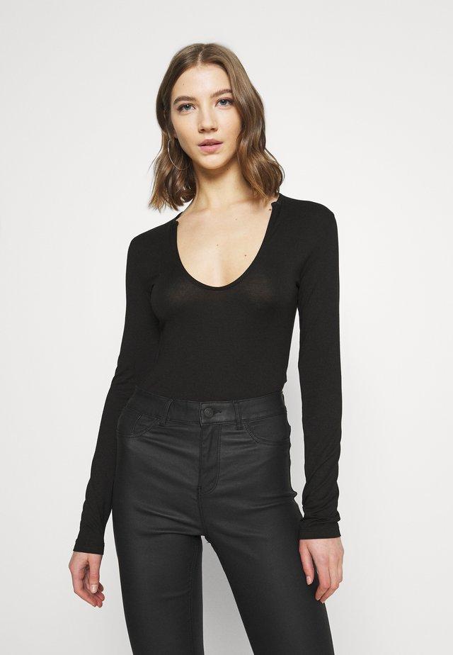 FRONT DETAIL - Maglietta a manica lunga - black