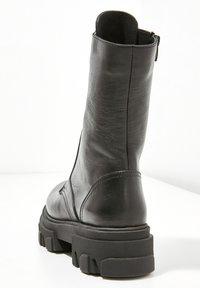 Inuovo - Platform ankle boots - black blk - 4