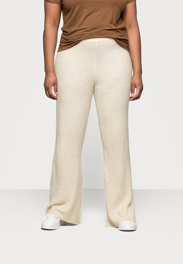 NMALLY LOOSE PANT CURVE - Pantalones - off white / melange