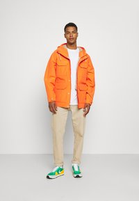 The North Face - DRYVENT MOUNTAIN - Parka - flame - 1
