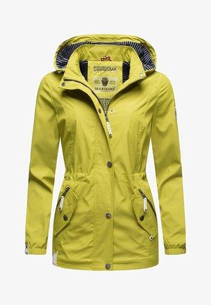 OUTDOORJACKE DEIN KUSSMÄULCHEN - Light jacket - gelbgrün