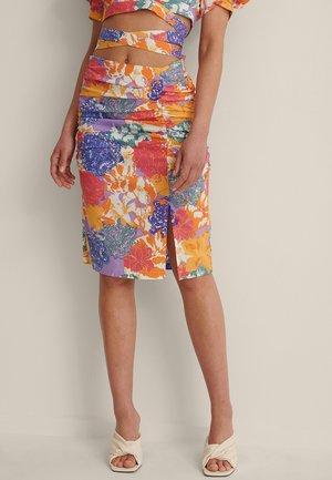 RUCHED SLIT  - Pencil skirt - multicolor