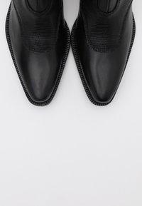 Shoe The Bear - ARIETTA LIZARD - Cowboy/biker ankle boot - black - 5
