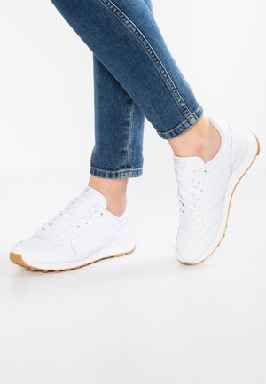 INTERNATIONALIST - Sneakers basse - white
