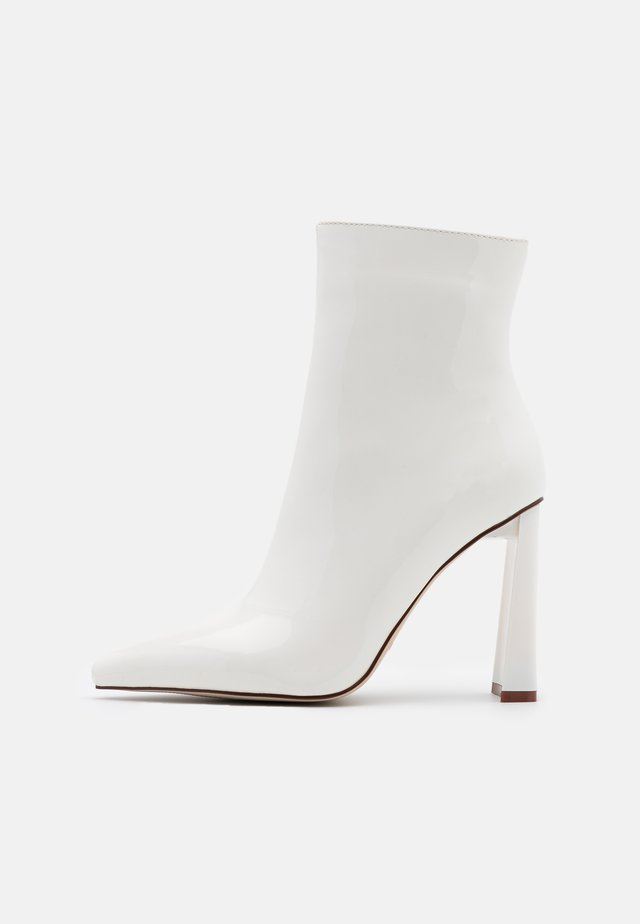 ELEXIS - Bottines à talons hauts - white