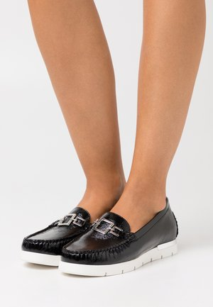 SLIP ON - Loaferit/pistokkaat - black