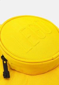 Lego Bags - BRICK 1X1 KIDS BACKPACK UNISEX - Rucksack - bright yellow - 4
