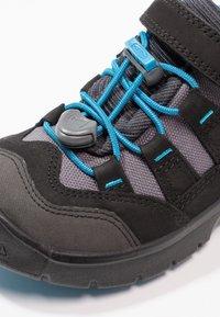 Keen - HIKEPORT WP - Hiking shoes - black/blue jewel - 5