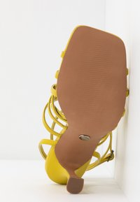 Topshop - RHAPSODY STRAPY - Sandály na vysokém podpatku - lime - 6