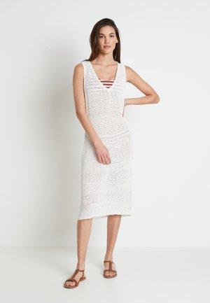 EMMY BEACH DRESS - Jumper dress - chalk