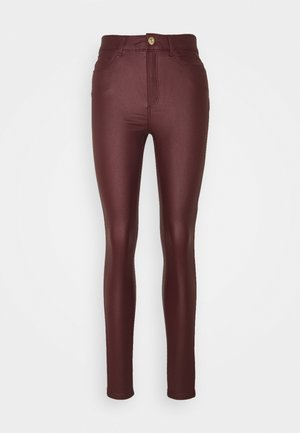 NMCALLIE SKINNY COATED PANTS - Trousers - zinfandel