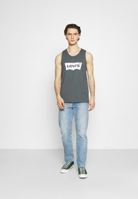 Levi's® - PRIDE RELAXED GRAPHIC TANK UNISEX - Top - dark shadow - 1