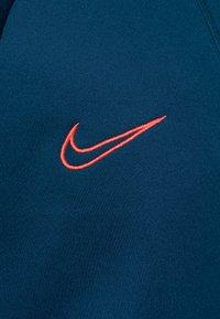 Nike Performance - DRY ACADEMY DRIL - Sports shirt - valerian blue/laser crimson - 2