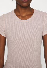 Abercrombie & Fitch - SLIM TEE - Basic T-shirt - pink - 5